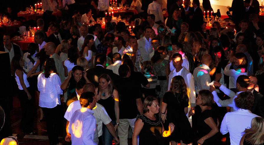 soirées dansantes, réceptions, soirée à thème